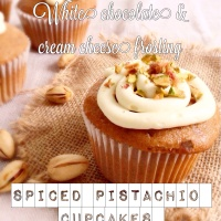 Fall dessert : spiced pistachio cupcakes with white chocolate cream cheese frosting